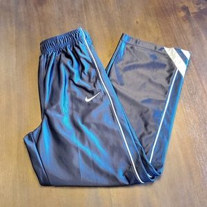Nike boy's pants size XL
